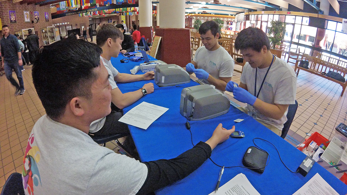 Photo of the Day | Students conduct health screening in honor of