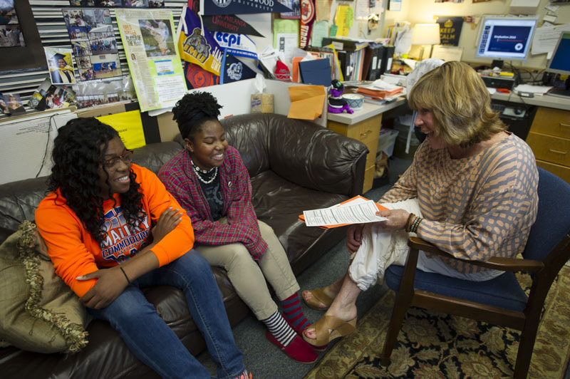 Anne Christie advising students