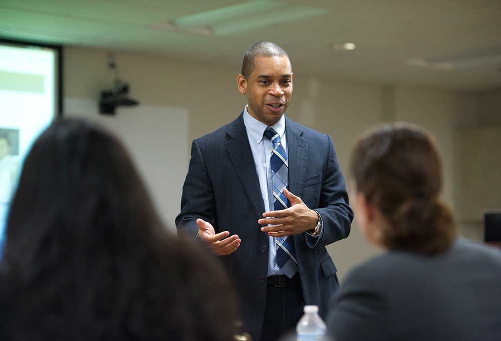 Thomas Kimble speaks to prospective students